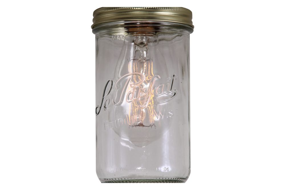 https://res.cloudinary.com/clippings/image/upload/t_big/dpr_auto,f_auto,w_auto/v1525837213/products/jam-jar-ceiling-light-mullan-mullan-lighting-clippings-10157741.jpg