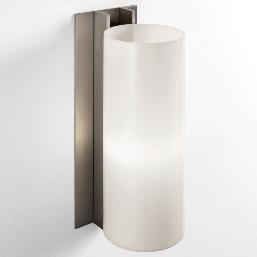 TMM Metálico Wall Light by Santa & Cole