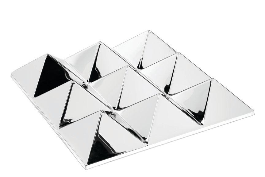 Mirror Sculptures, 9 Pyramids by Verpan