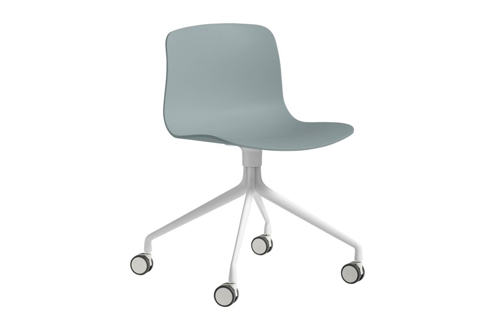 https://res.cloudinary.com/clippings/image/upload/t_big/dpr_auto,f_auto,w_auto/v1528207515/products/about-a-chair-aac14-hay-hee-welling-hay-clippings-10369241.jpg
