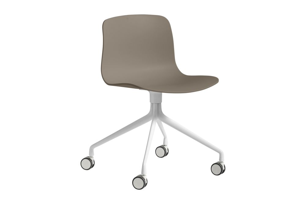 https://res.cloudinary.com/clippings/image/upload/t_big/dpr_auto,f_auto,w_auto/v1528207532/products/about-a-chair-aac14-hay-hee-welling-hay-clippings-10369281.jpg