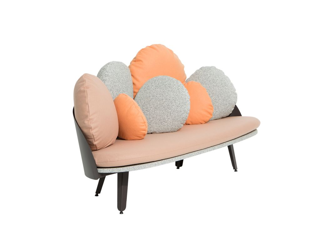 https://res.cloudinary.com/clippings/image/upload/t_big/dpr_auto,f_auto,w_auto/v1528731146/products/nubilo-sofa-petite-friture-constance-guisset-studio-clippings-10472001.jpg