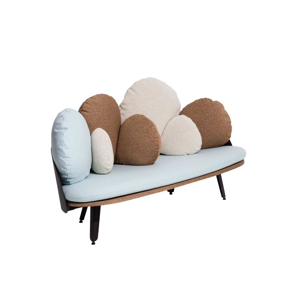 https://res.cloudinary.com/clippings/image/upload/t_big/dpr_auto,f_auto,w_auto/v1528791783/products/nubilo-sofa-petite-friture-constance-guisset-studio-clippings-10473161.jpg