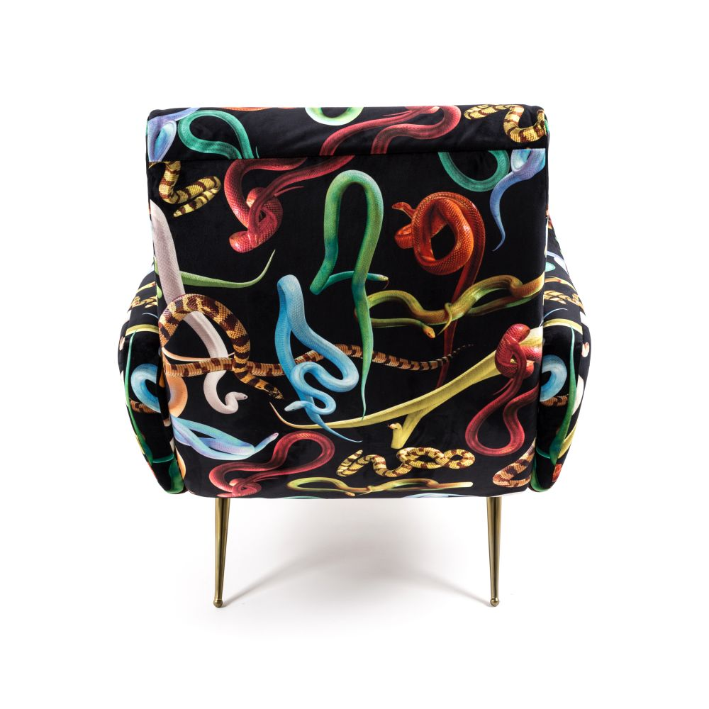 https://res.cloudinary.com/clippings/image/upload/t_big/dpr_auto,f_auto,w_auto/v1528803690/products/toiletpaper-armchair-seletti-toiletpaper-magazine-clippings-10473901.jpg