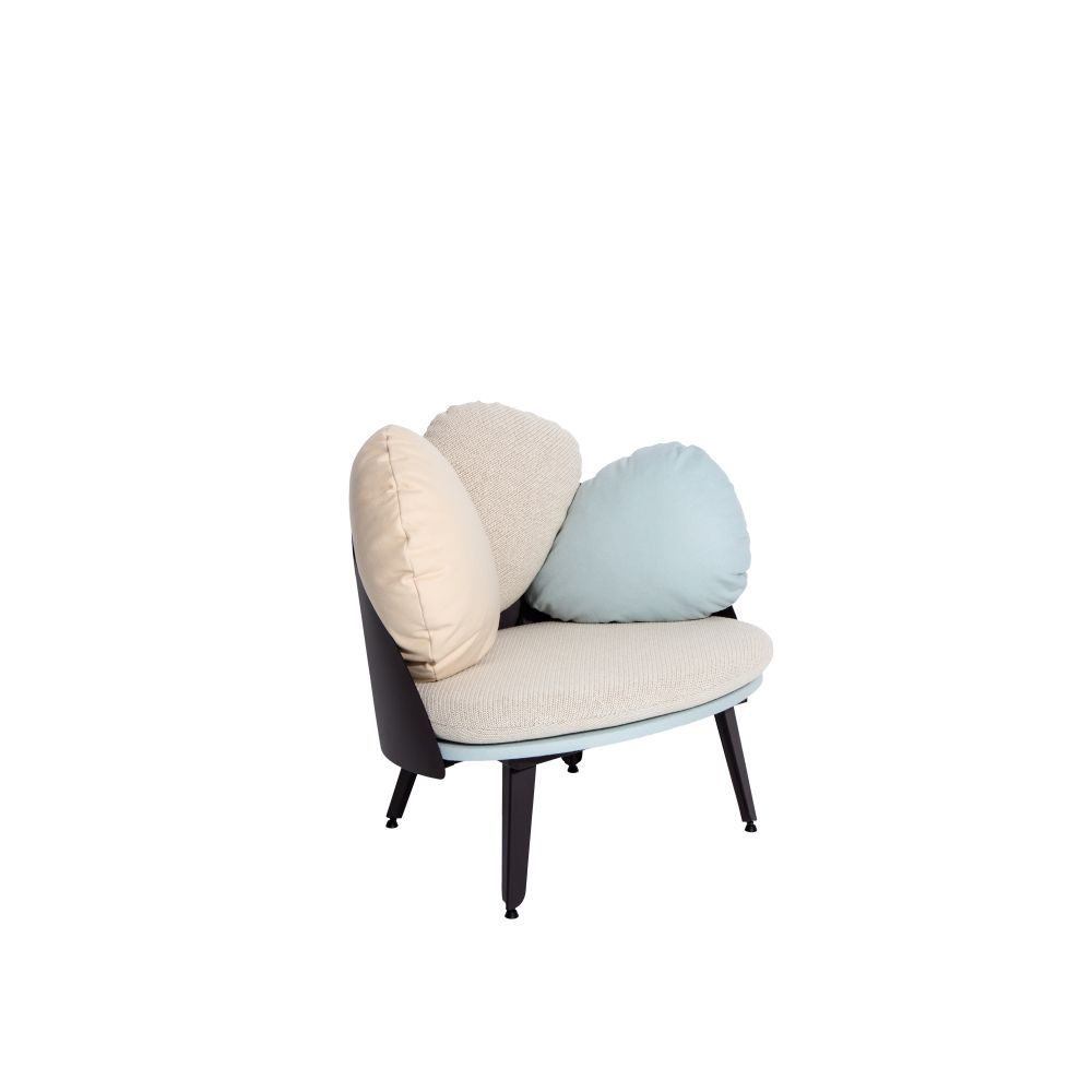 https://res.cloudinary.com/clippings/image/upload/t_big/dpr_auto,f_auto,w_auto/v1528882527/products/nubilo-armchair-petite-friture-constance-guisset-studio-clippings-10478731.jpg