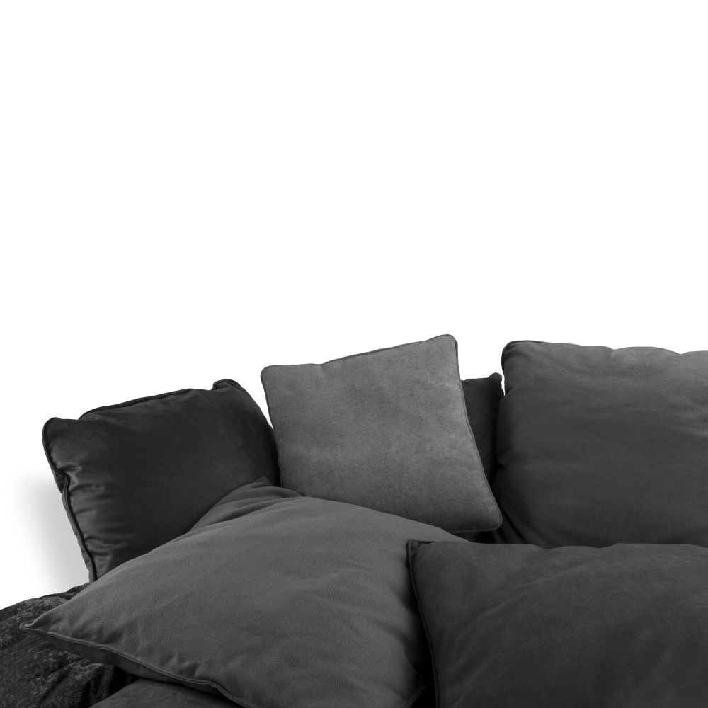 https://res.cloudinary.com/clippings/image/upload/t_big/dpr_auto,f_auto,w_auto/v1528963764/products/comfy-sofa-seletti-marcantonio-clippings-10488791.jpg