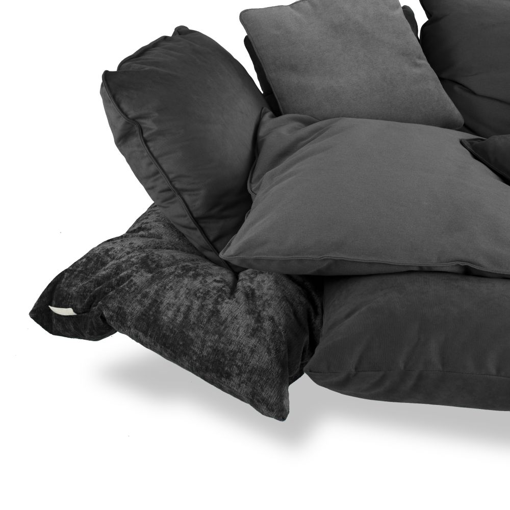https://res.cloudinary.com/clippings/image/upload/t_big/dpr_auto,f_auto,w_auto/v1528963775/products/comfy-sofa-seletti-marcantonio-clippings-10488811.jpg