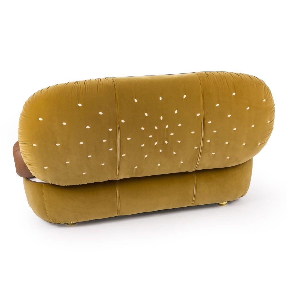 https://res.cloudinary.com/clippings/image/upload/t_big/dpr_auto,f_auto,w_auto/v1528980468/products/hot-dog-sofa-seletti-studio-job-clippings-10492331.jpg