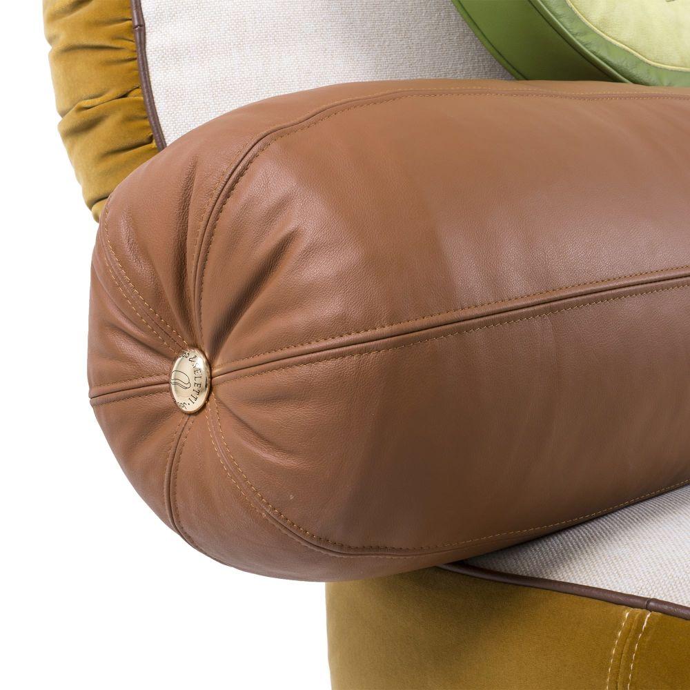 https://res.cloudinary.com/clippings/image/upload/t_big/dpr_auto,f_auto,w_auto/v1528980562/products/hot-dog-sofa-seletti-studio-job-clippings-10492351.jpg