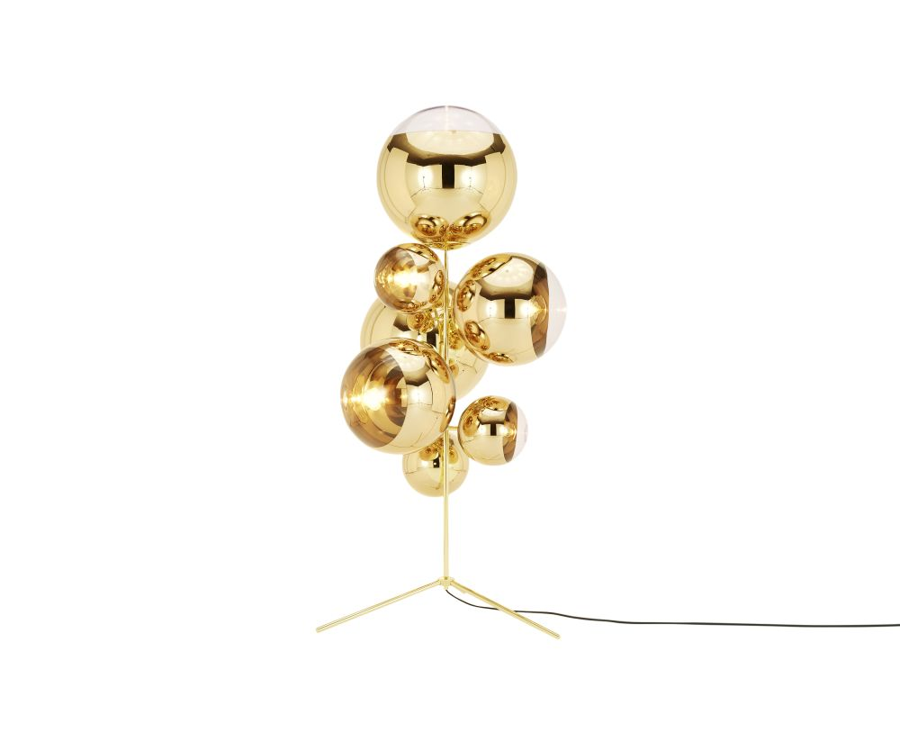 https://res.cloudinary.com/clippings/image/upload/t_big/dpr_auto,f_auto,w_auto/v1530523761/products/mirror-ball-stand-chandelier-tom-dixon-clippings-10591791.jpg