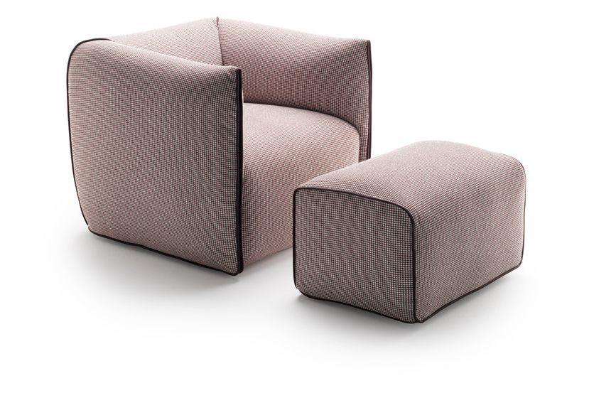 https://res.cloudinary.com/clippings/image/upload/t_big/dpr_auto,f_auto,w_auto/v1530683499/products/mia-armchair-fixed-mdf-italia-francesco-bettoni-clippings-10595441.jpg