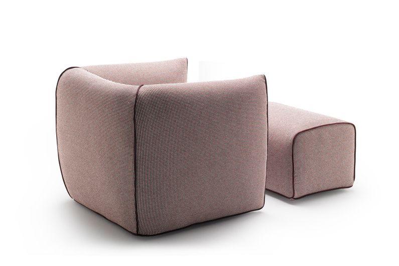 https://res.cloudinary.com/clippings/image/upload/t_big/dpr_auto,f_auto,w_auto/v1530683499/products/mia-armchair-fixed-mdf-italia-francesco-bettoni-clippings-10595451.jpg
