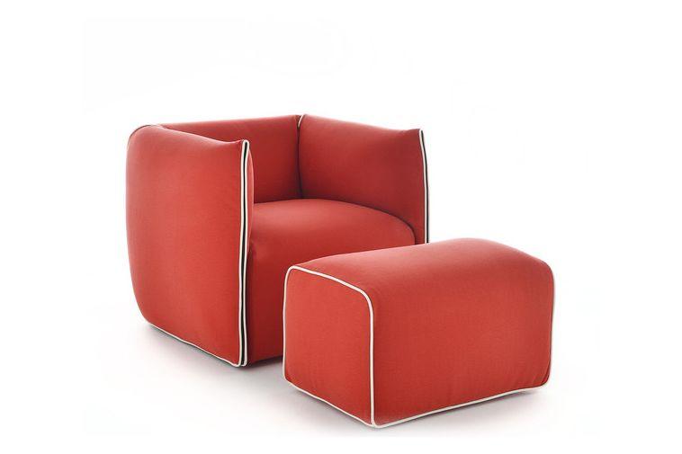 https://res.cloudinary.com/clippings/image/upload/t_big/dpr_auto,f_auto,w_auto/v1530683670/products/mia-armchair-fixed-mdf-italia-francesco-bettoni-clippings-10595481.jpg