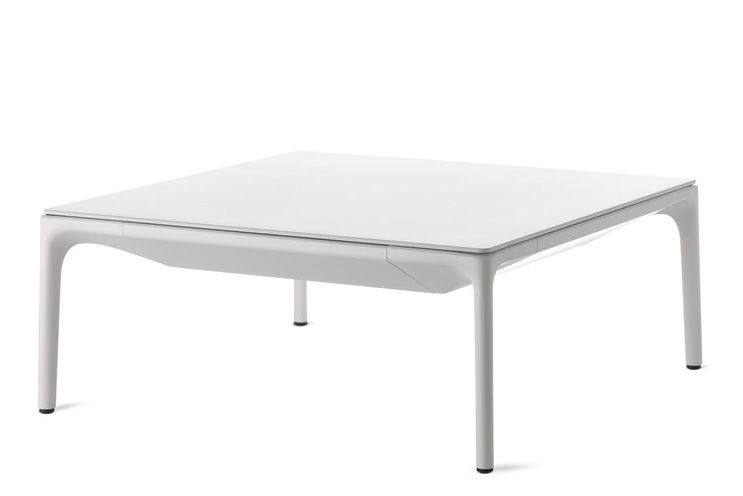 https://res.cloudinary.com/clippings/image/upload/t_big/dpr_auto,f_auto,w_auto/v1530770144/products/yale-low-table-square-mdf-italia-jean-marie-massaud-clippings-10601201.jpg