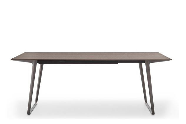 https://res.cloudinary.com/clippings/image/upload/t_big/dpr_auto,f_auto,w_auto/v1530782951/products/axy-comfort-dining-table-mdf-italia-claudio-bellini-clippings-10602451.jpg
