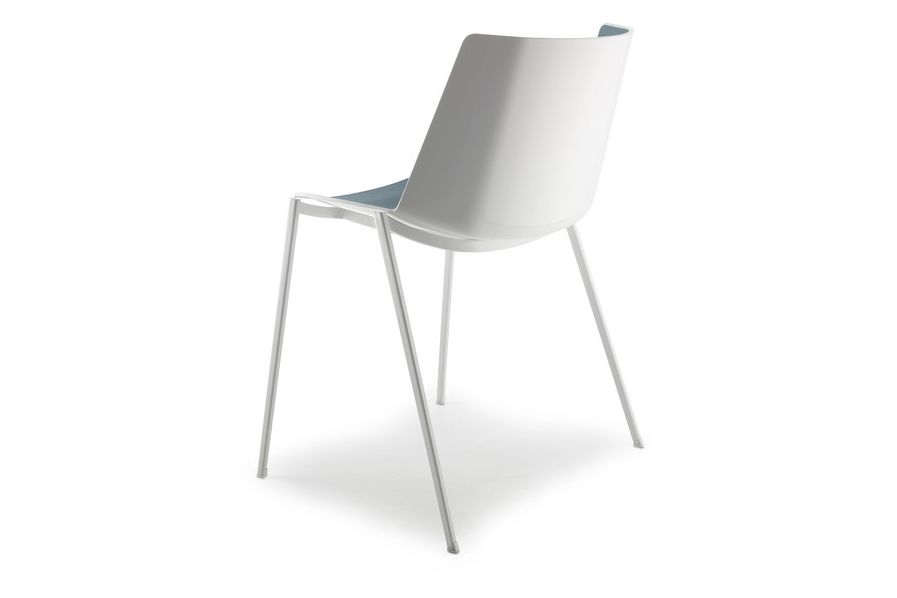 https://res.cloudinary.com/clippings/image/upload/t_big/dpr_auto,f_auto,w_auto/v1530873609/products/aiku-chair-4-legs-tapered-base-mdf-italia-jean-marie-massaud-clippings-10607681.jpg