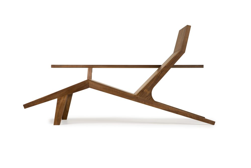 https://res.cloudinary.com/clippings/image/upload/t_big/dpr_auto,f_auto,w_auto/v1531471415/products/liberty-lounger-moooi-atelier-van-lieshout-clippings-10622781.jpg