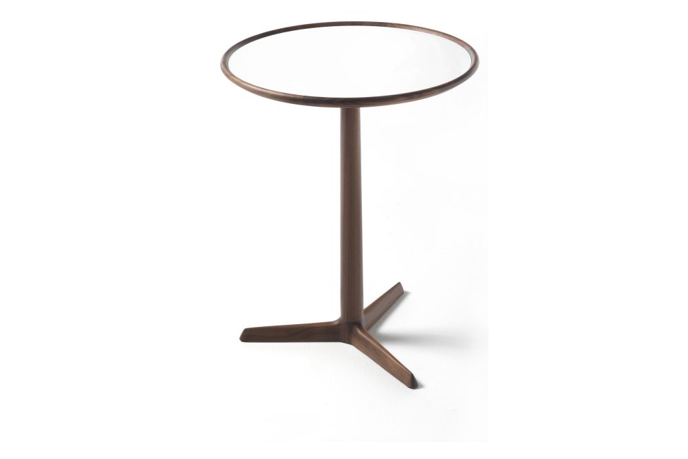 https://res.cloudinary.com/clippings/image/upload/t_big/dpr_auto,f_auto,w_auto/v1531981880/products/pausa-side-table-porada-t-colzani-clippings-10635981.jpg
