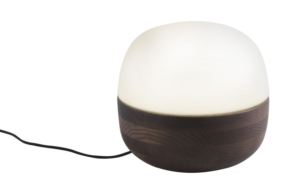 https://res.cloudinary.com/clippings/image/upload/t_big/dpr_auto,f_auto,w_auto/v1531995259/products/bolla-table-lamp-porada-o-favaretto-clippings-10639721.jpg