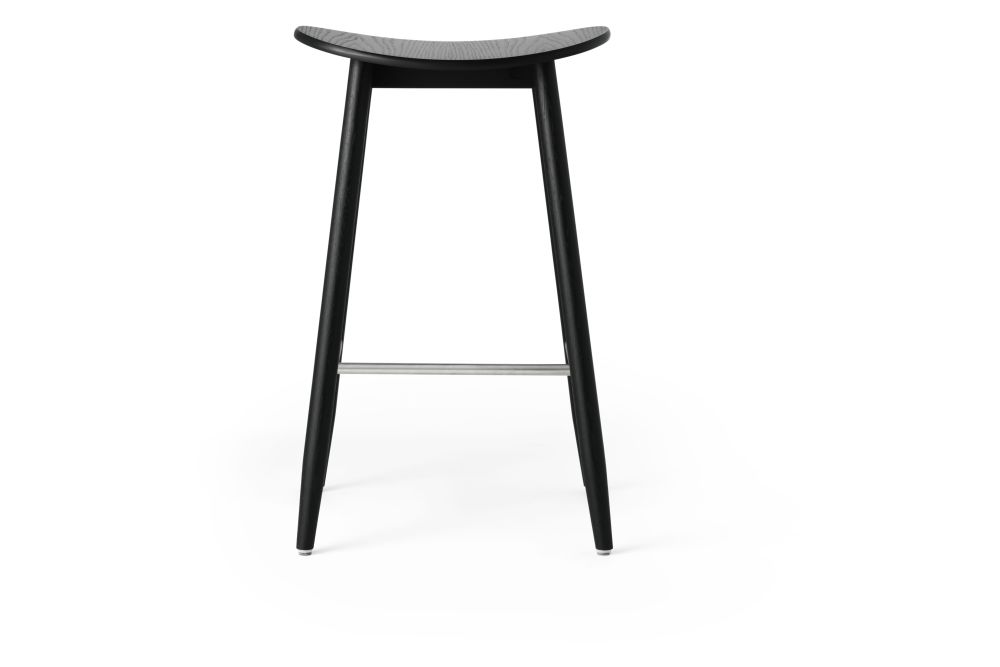 https://res.cloudinary.com/clippings/image/upload/t_big/dpr_auto,f_auto,w_auto/v1532680122/products/icha-bar-stool-massproductions-clippings-10690881.jpg
