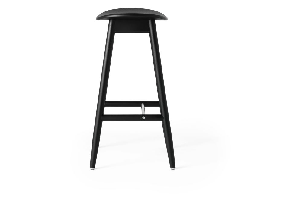 https://res.cloudinary.com/clippings/image/upload/t_big/dpr_auto,f_auto,w_auto/v1532680123/products/icha-bar-stool-massproductions-clippings-10690921.jpg
