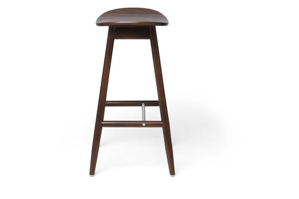 https://res.cloudinary.com/clippings/image/upload/t_big/dpr_auto,f_auto,w_auto/v1532680124/products/icha-bar-stool-massproductions-clippings-10690951.jpg