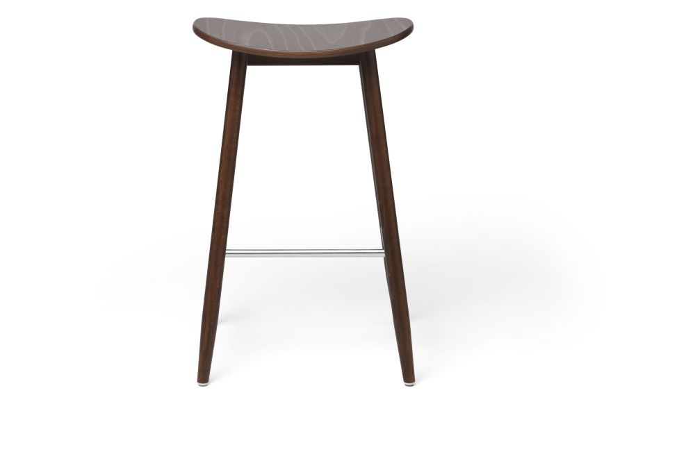 https://res.cloudinary.com/clippings/image/upload/t_big/dpr_auto,f_auto,w_auto/v1532680127/products/icha-bar-stool-massproductions-clippings-10690981.jpg