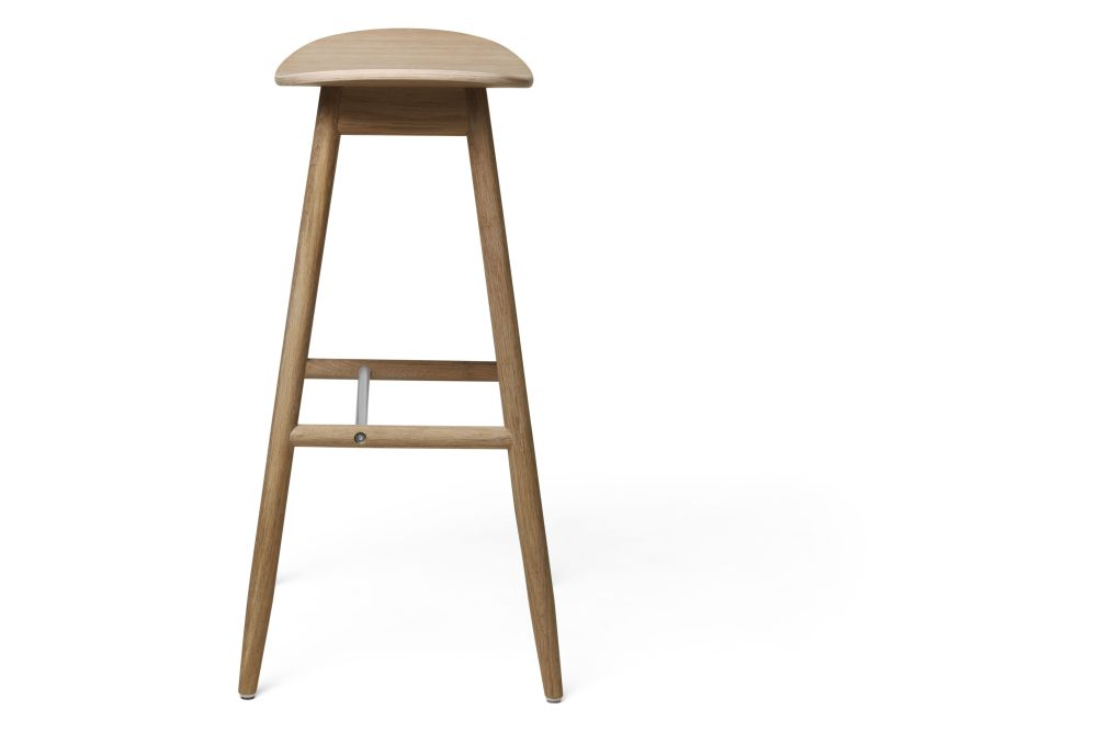 https://res.cloudinary.com/clippings/image/upload/t_big/dpr_auto,f_auto,w_auto/v1532680129/products/icha-bar-stool-massproductions-clippings-10691061.jpg