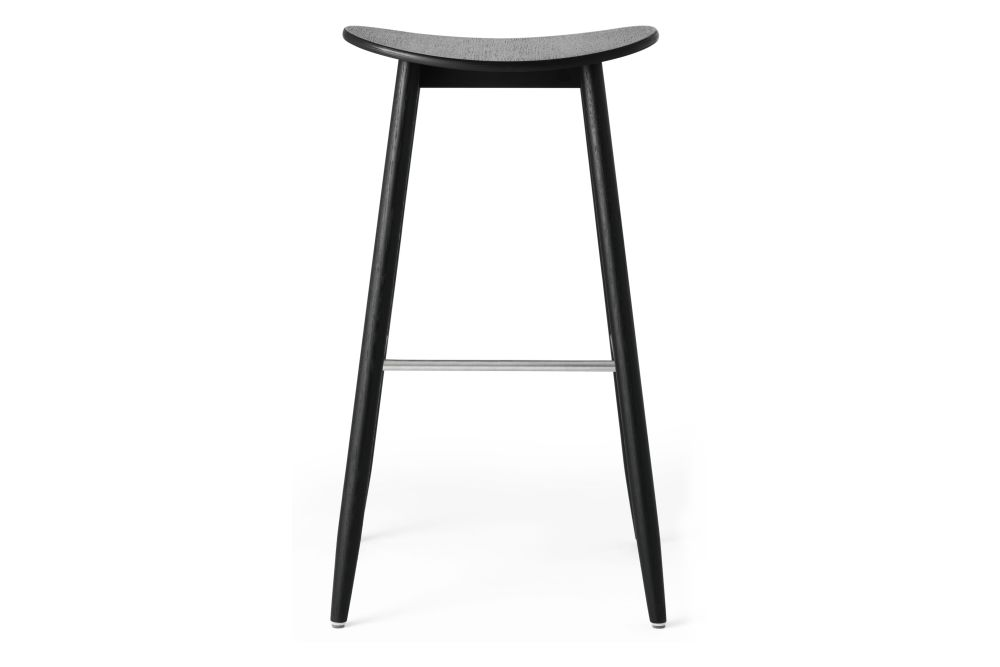 https://res.cloudinary.com/clippings/image/upload/t_big/dpr_auto,f_auto,w_auto/v1532680131/products/icha-bar-stool-massproductions-clippings-10691021.jpg