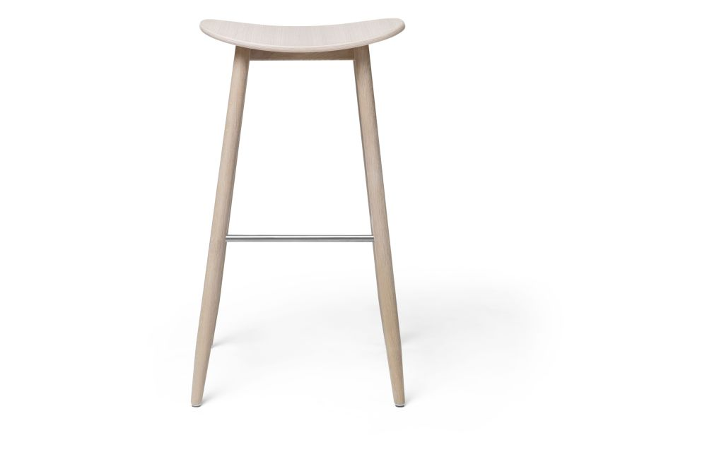 https://res.cloudinary.com/clippings/image/upload/t_big/dpr_auto,f_auto,w_auto/v1532680135/products/icha-bar-stool-massproductions-clippings-10691161.jpg