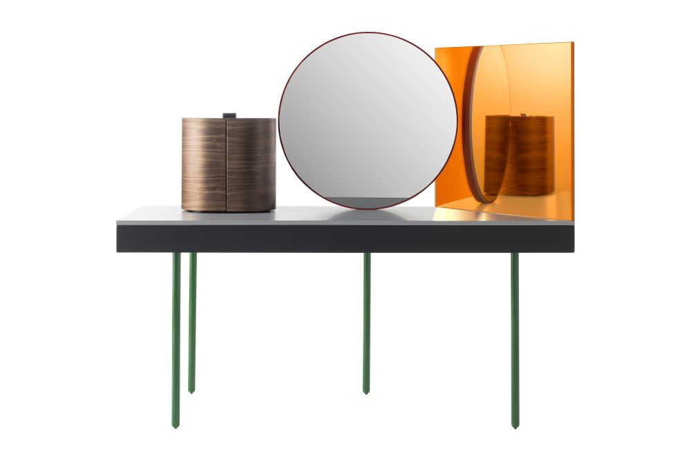 https://res.cloudinary.com/clippings/image/upload/t_big/dpr_auto,f_auto,w_auto/v1533195231/products/chandlo-dressing-table-with-stool-bd-barcelona-clippings-10707521.jpg