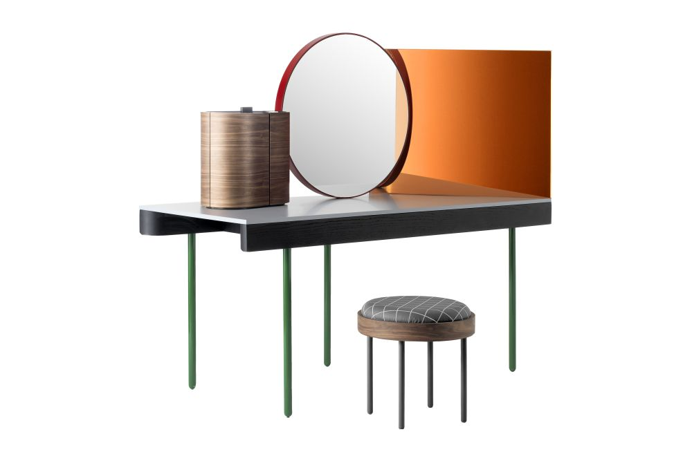 https://res.cloudinary.com/clippings/image/upload/t_big/dpr_auto,f_auto,w_auto/v1533195318/products/chandlo-dressing-table-with-stool-bd-barcelona-clippings-10707571.jpg