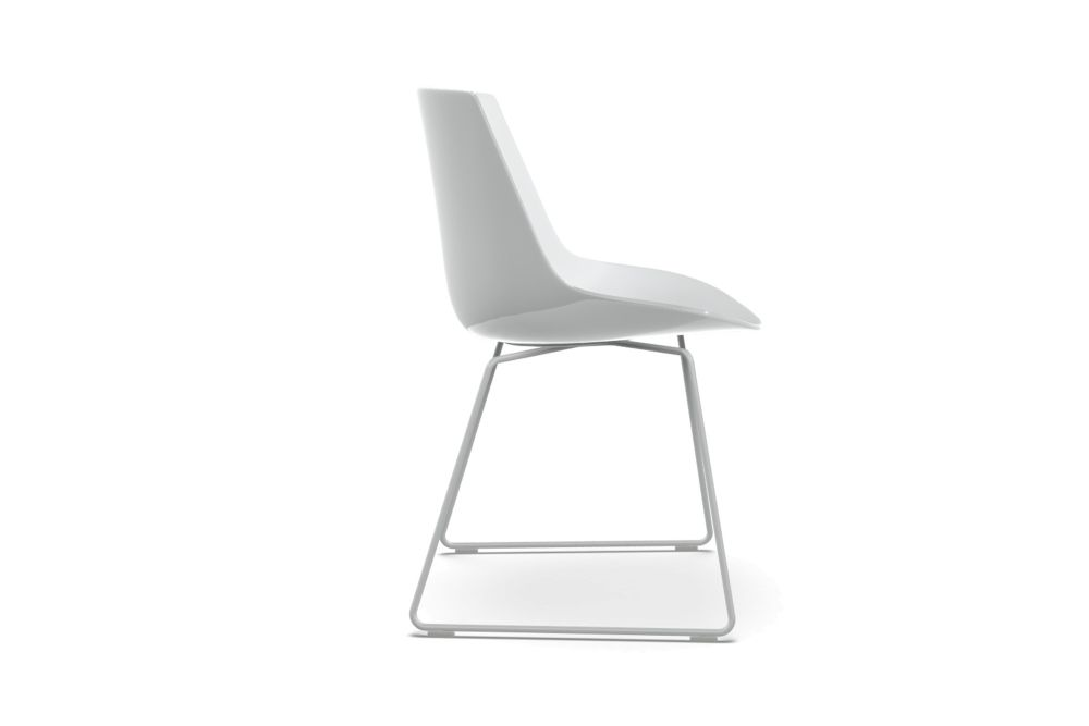 https://res.cloudinary.com/clippings/image/upload/t_big/dpr_auto,f_auto,w_auto/v1533276011/products/flow-dining-chair-sled-base-set-of-2-mdf-italia-jean-marie-massaud-clippings-10710241.jpg