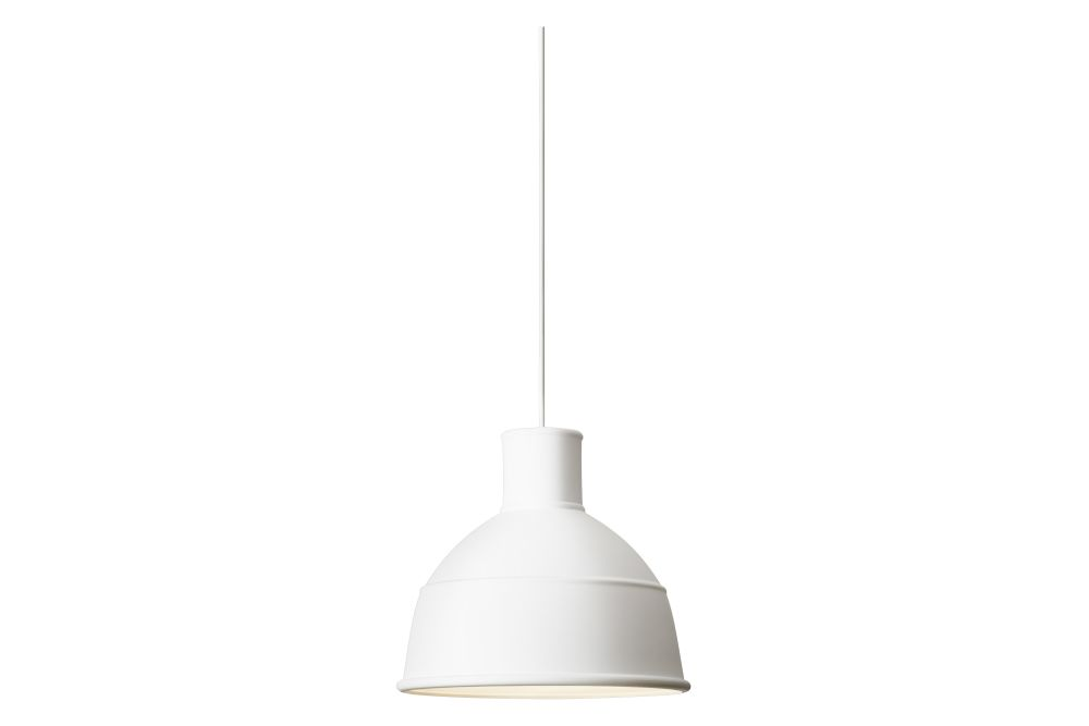 https://res.cloudinary.com/clippings/image/upload/t_big/dpr_auto,f_auto,w_auto/v1533729469/products/unfold-pendant-light-muuto-form-us-with-love-clippings-10721161.jpg