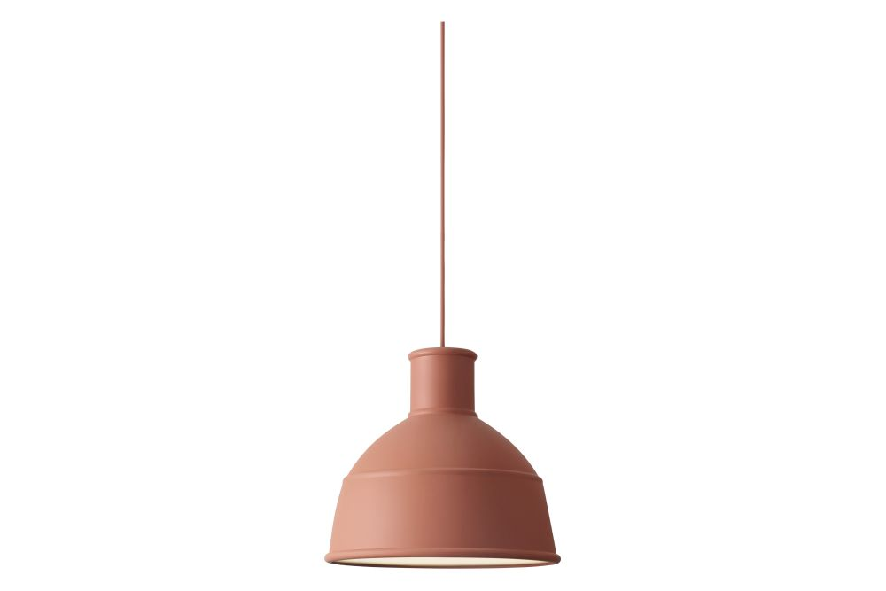 https://res.cloudinary.com/clippings/image/upload/t_big/dpr_auto,f_auto,w_auto/v1533729492/products/unfold-pendant-light-muuto-form-us-with-love-clippings-10721261.jpg