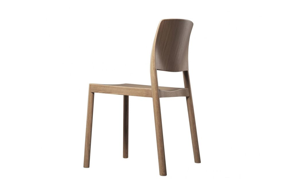 https://res.cloudinary.com/clippings/image/upload/t_big/dpr_auto,f_auto,w_auto/v1534312614/products/grace-stackable-chair-swedese-staffan-holm-clippings-10691241.jpg