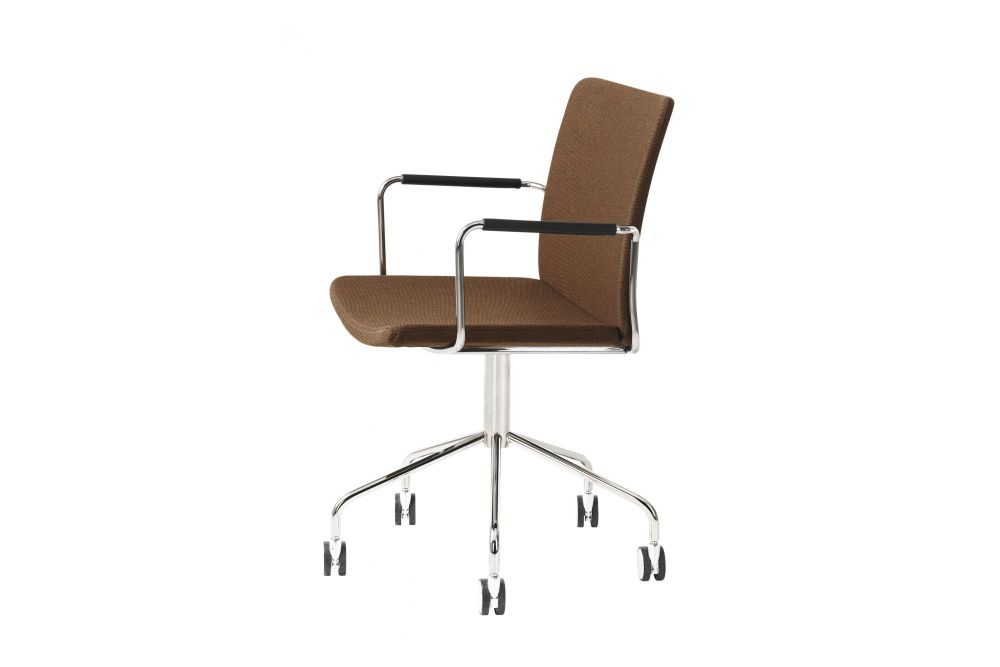 https://res.cloudinary.com/clippings/image/upload/t_big/dpr_auto,f_auto,w_auto/v1534318707/products/stella-wheel-base-armchair-swedese-broberg-ridderstr%C3%A5le-clippings-10707241.jpg