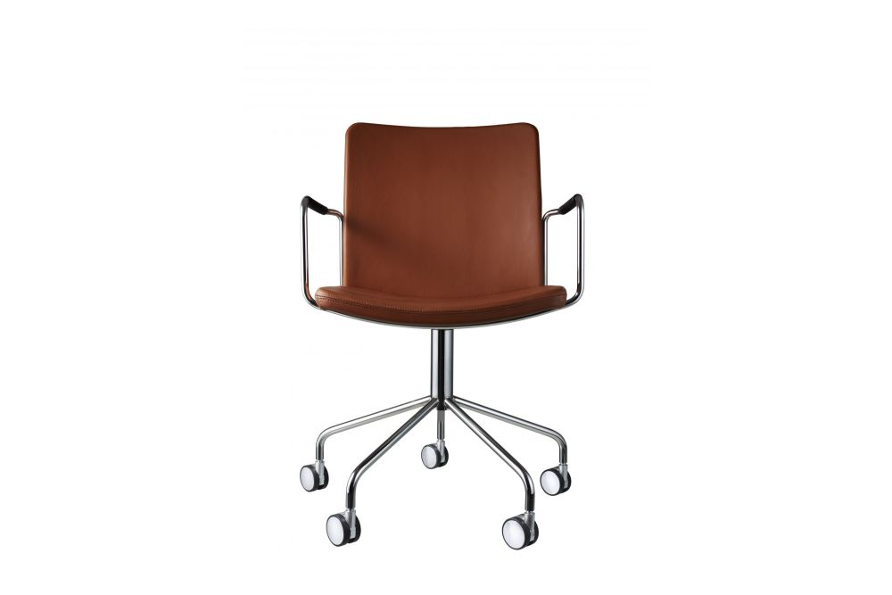 https://res.cloudinary.com/clippings/image/upload/t_big/dpr_auto,f_auto,w_auto/v1534318727/products/stella-wheel-base-armchair-swedese-broberg-ridderstr%C3%A5le-clippings-10707321.jpg