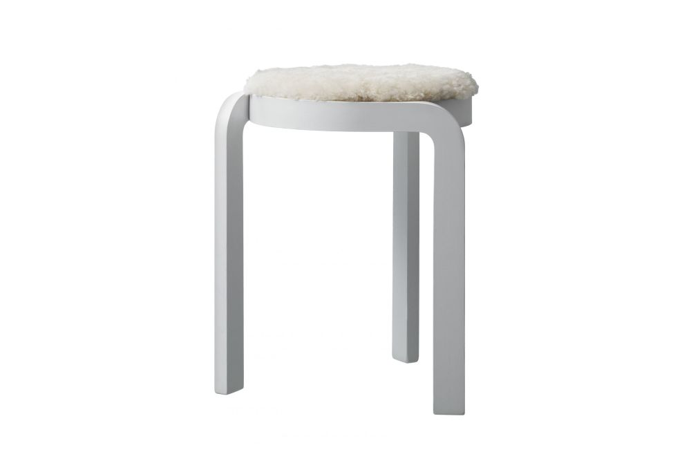 https://res.cloudinary.com/clippings/image/upload/t_big/dpr_auto,f_auto,w_auto/v1534320103/products/spin-stackable-stool-upholstered-seat-swedese-staffan-holm-clippings-10746101.jpg
