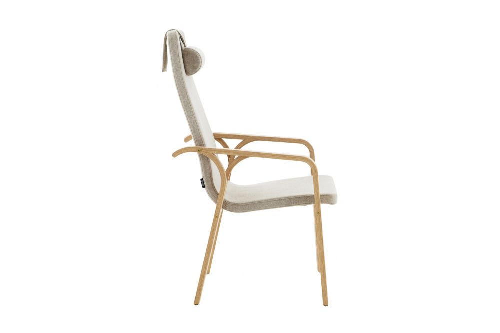 https://res.cloudinary.com/clippings/image/upload/t_big/dpr_auto,f_auto,w_auto/v1534912154/products/mino-easy-chair-high-back-with-neck-cushion-swedese-thomas-sandell-clippings-10774361.jpg