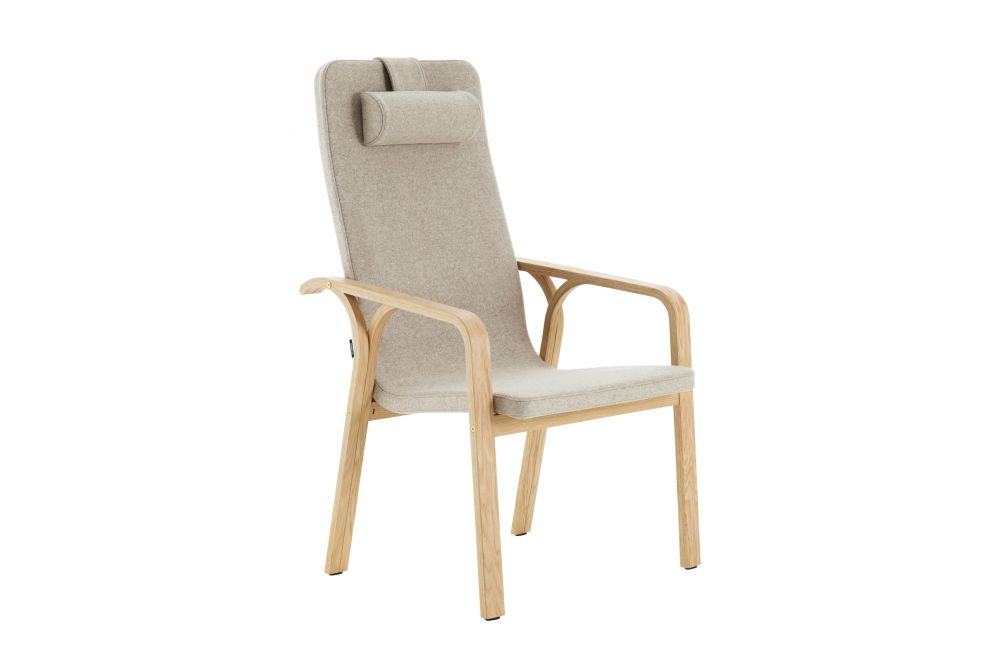 https://res.cloudinary.com/clippings/image/upload/t_big/dpr_auto,f_auto,w_auto/v1534912164/products/mino-easy-chair-high-back-with-neck-cushion-swedese-thomas-sandell-clippings-10774391.jpg