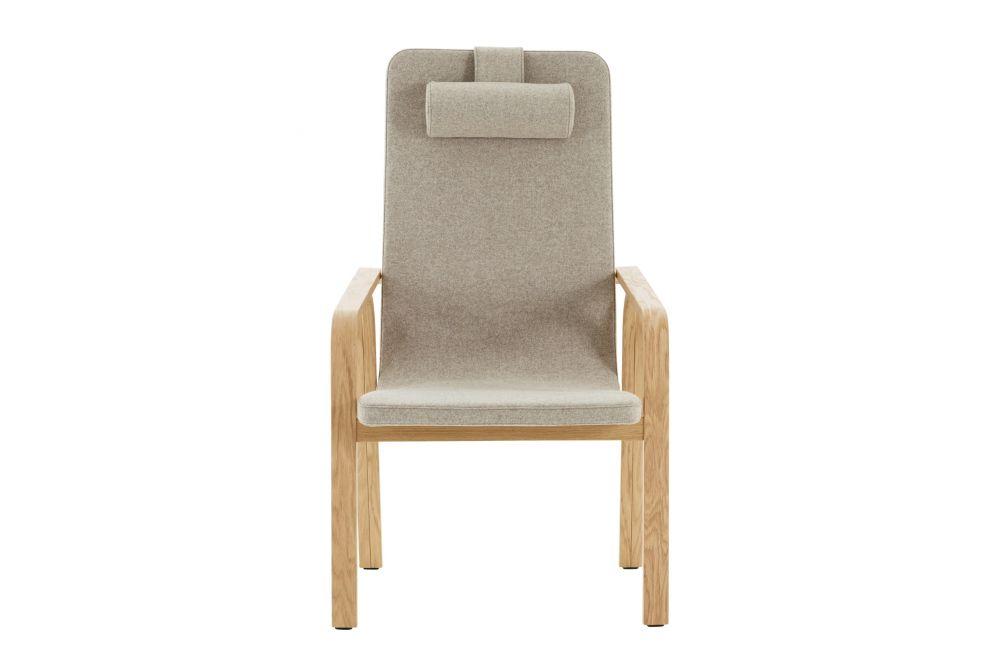 https://res.cloudinary.com/clippings/image/upload/t_big/dpr_auto,f_auto,w_auto/v1534912166/products/mino-easy-chair-high-back-with-neck-cushion-swedese-thomas-sandell-clippings-10774401.jpg