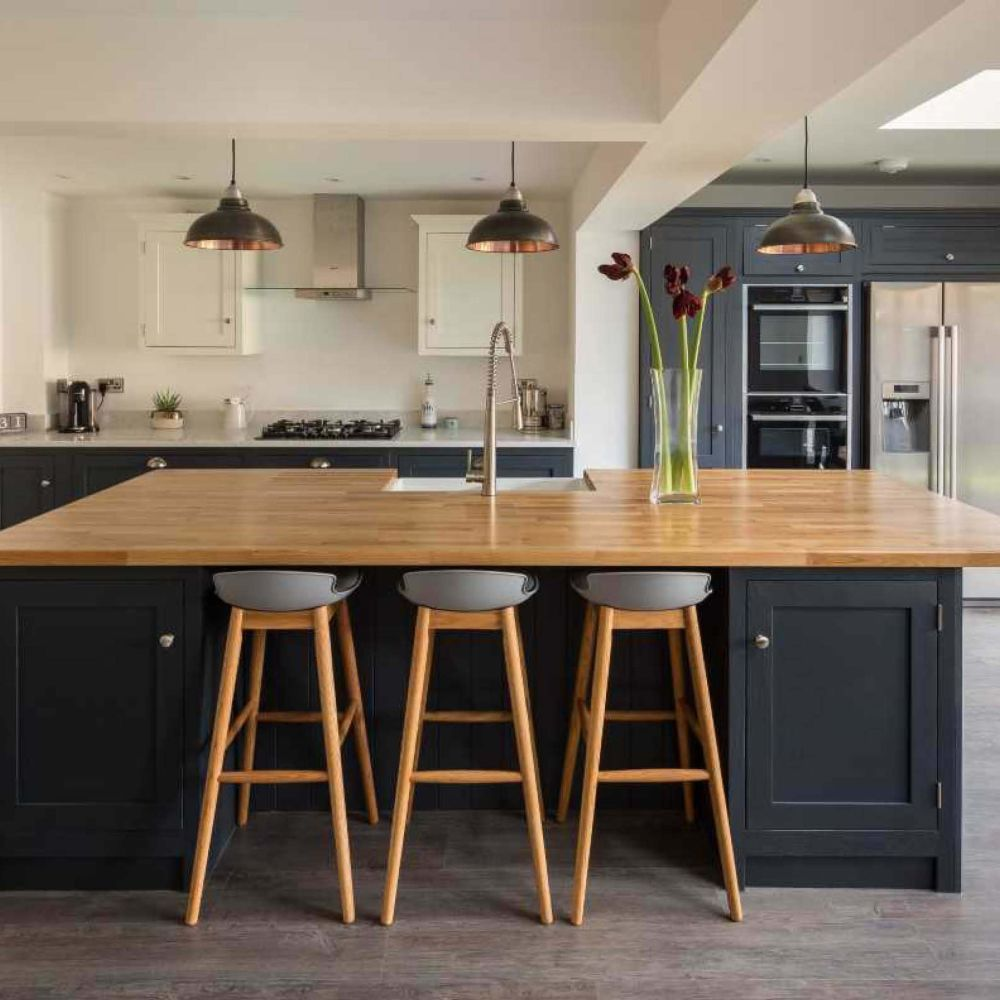 Featured Project: Debbie Wolfe wolfekinch and Shaker Kitchen Company