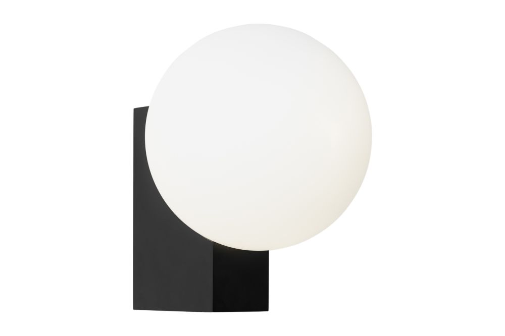 https://res.cloudinary.com/clippings/image/upload/t_big/dpr_auto,f_auto,w_auto/v1536063813/products/journey-shy2-wall-light-set-of-2-tradition-signe-hytte-clippings-10852681.jpg