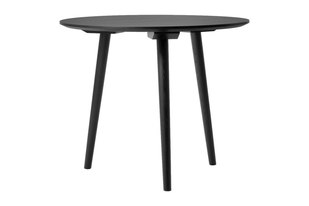 https://res.cloudinary.com/clippings/image/upload/t_big/dpr_auto,f_auto,w_auto/v1536150440/products/in-between-sk3-dining-table-tradition-sami-kallio-clippings-10856481.jpg