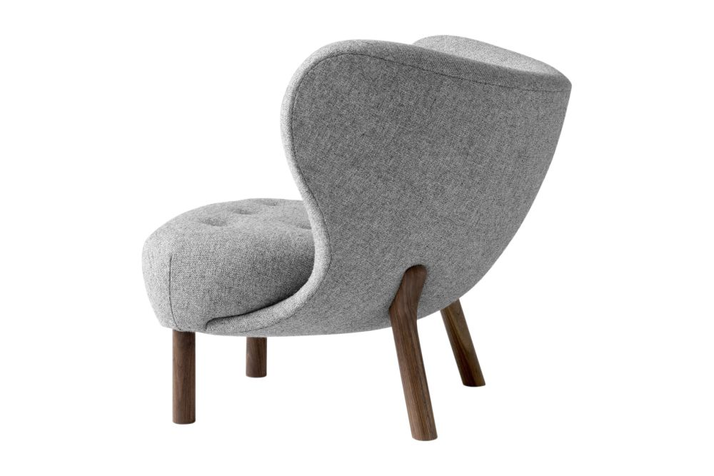 https://res.cloudinary.com/clippings/image/upload/t_big/dpr_auto,f_auto,w_auto/v1536307812/products/little-petra-vb1-lounge-chair-tradition-viggo-boesen-clippings-10859731.jpg