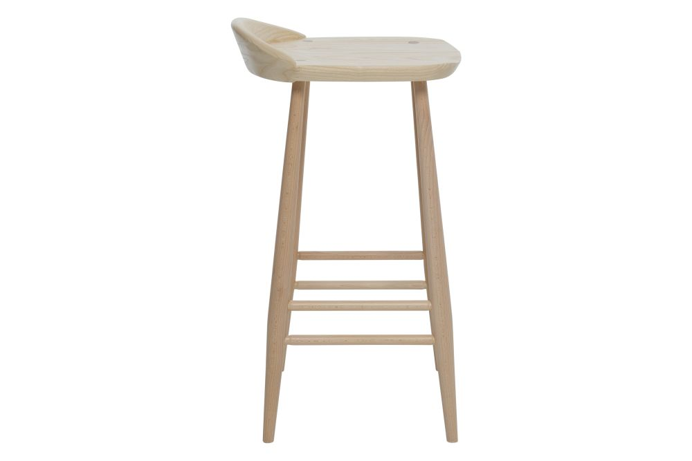 https://res.cloudinary.com/clippings/image/upload/t_big/dpr_auto,f_auto,w_auto/v1537518181/products/originals-bar-stool-with-back-ercol-clippings-10972231.jpg
