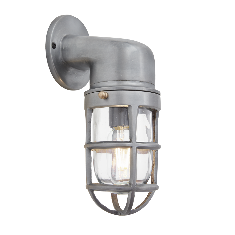 https://res.cloudinary.com/clippings/image/upload/t_big/dpr_auto,f_auto,w_auto/v1537954482/products/brooklyn-sconce-wall-light-industville-clippings-10983981.png