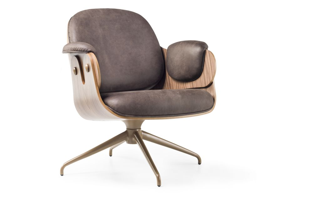 https://res.cloudinary.com/clippings/image/upload/t_big/dpr_auto,f_auto,w_auto/v1538473571/products/low-lounger-armchair-swivel-base-bd-barcelona-jaime-hayon-clippings-10995921.jpg