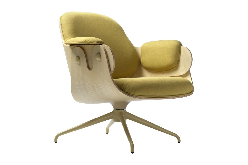 https://res.cloudinary.com/clippings/image/upload/t_big/dpr_auto,f_auto,w_auto/v1538490401/products/low-lounger-armchair-swivel-base-bd-barcelona-jaime-hayon-clippings-10996731.jpg